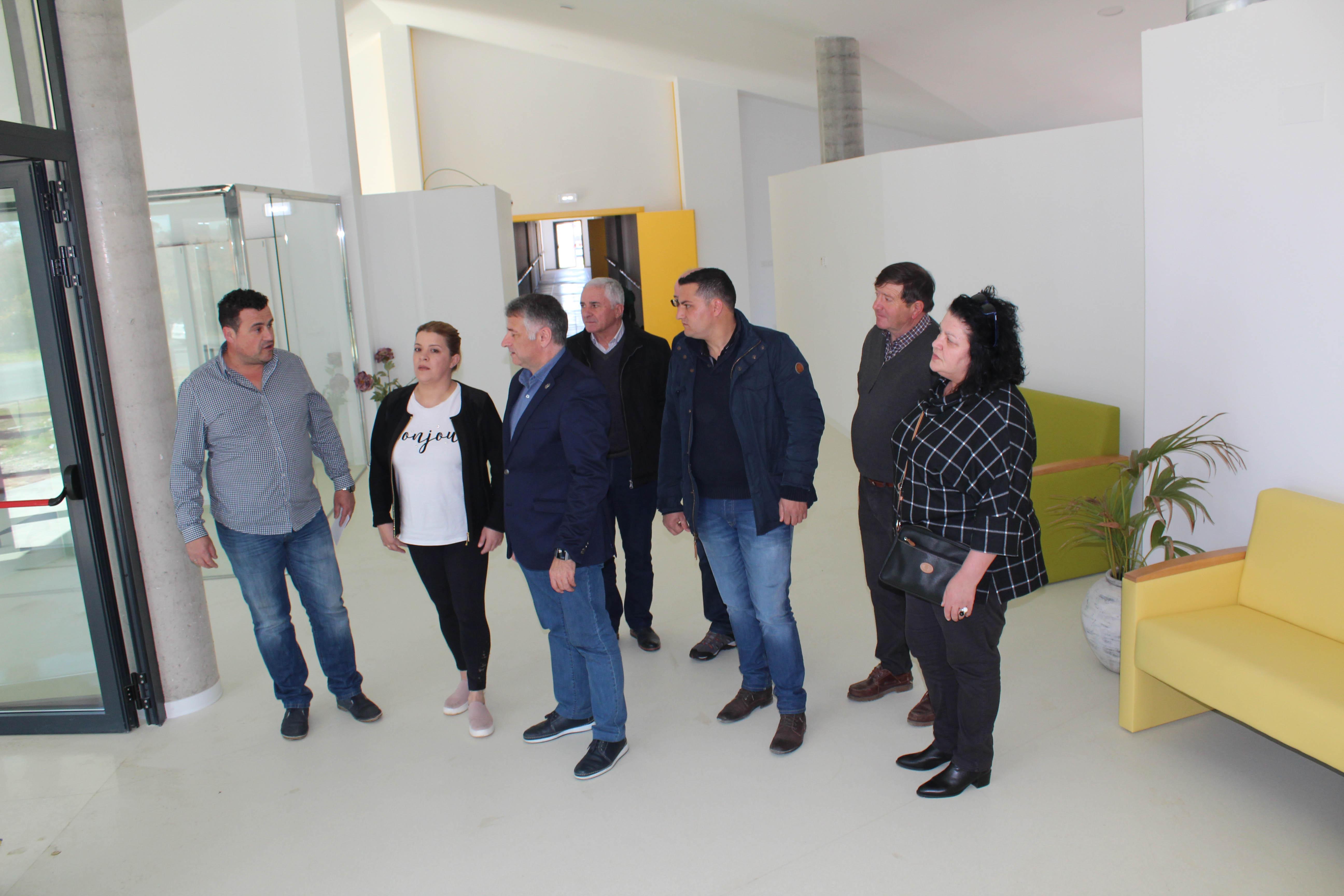 A Residencia de Maiores, que abrirá as súas portas en abril, dará emprego directo a 22 persoas