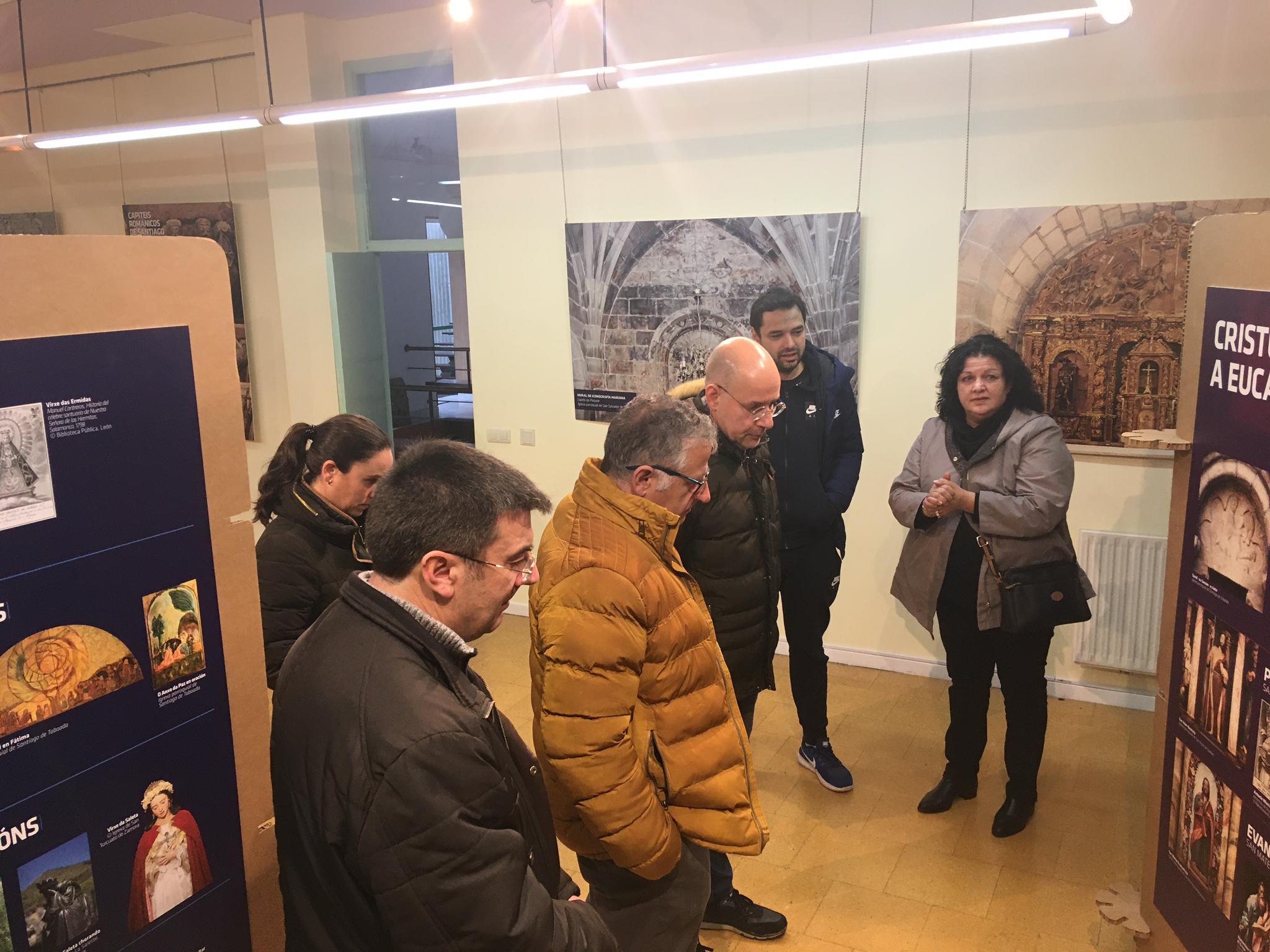 """A mostra """"Arte Sacro no Concello de Silleda"""", do CPR María Inmaculada,  na Casa da Cultura ata o 2 de xaneiro"""