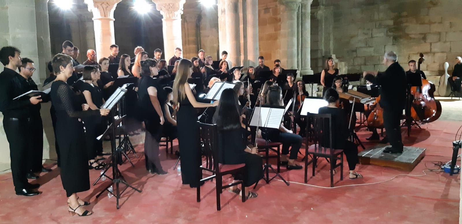 """Silleda, sede do prestixioso curso de dirección de orquestra e coro """"Tamara Brooks"""""""